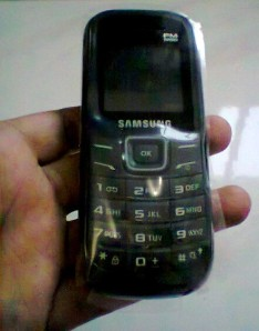Samsung GT-E1205Y